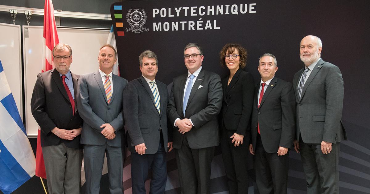 Miguel Anjos et les dignitaires présents lors de l'inauguration de la Chaire de recherche industrielle CRSNG-Hydro-Québec-Schneider Electric en optimisation des réseaux électriques intelligents