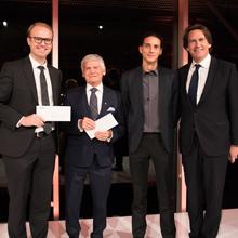 Benjamin De Leener, Pierre Laurin, Gabriel Mangeat et Pierre Karl Péladeau, lors de la remise des Bourses Pierre-Péladeau 2018.