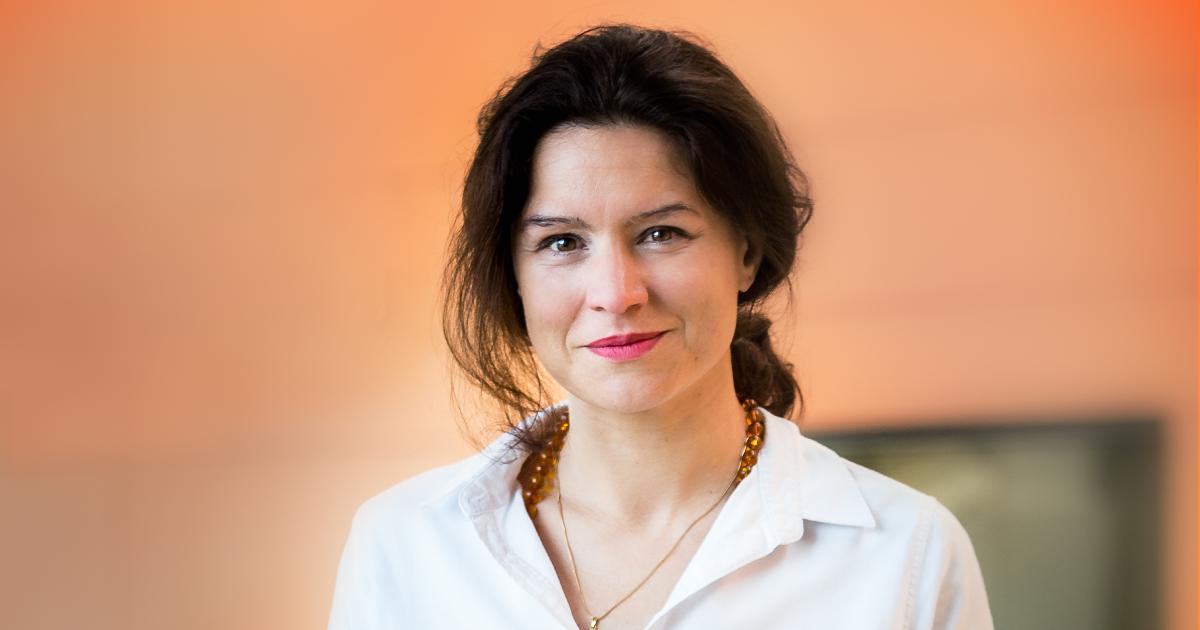 Clara Santato, professeure titulaire au Département de génie physique