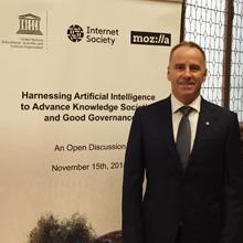 François Bertrand panéliste d'une rencontre internationale sur l'intelligence artificielle, les sociétés du savoir et la bonne gouvernance à Paris