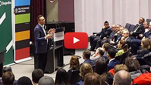 Captation vidéo de la conférence «Pour un développement économique, responsable, durable et humain» de Guy Cormier du Mouvement Desjardins