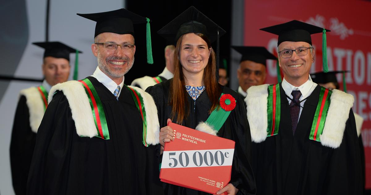 Pierre Langlois, la récipiendaire du 50000e diplôme de Polytechnique Montréal Eva Terriault et Yves Boudreault. (Photo : Service de photographie Patrick)