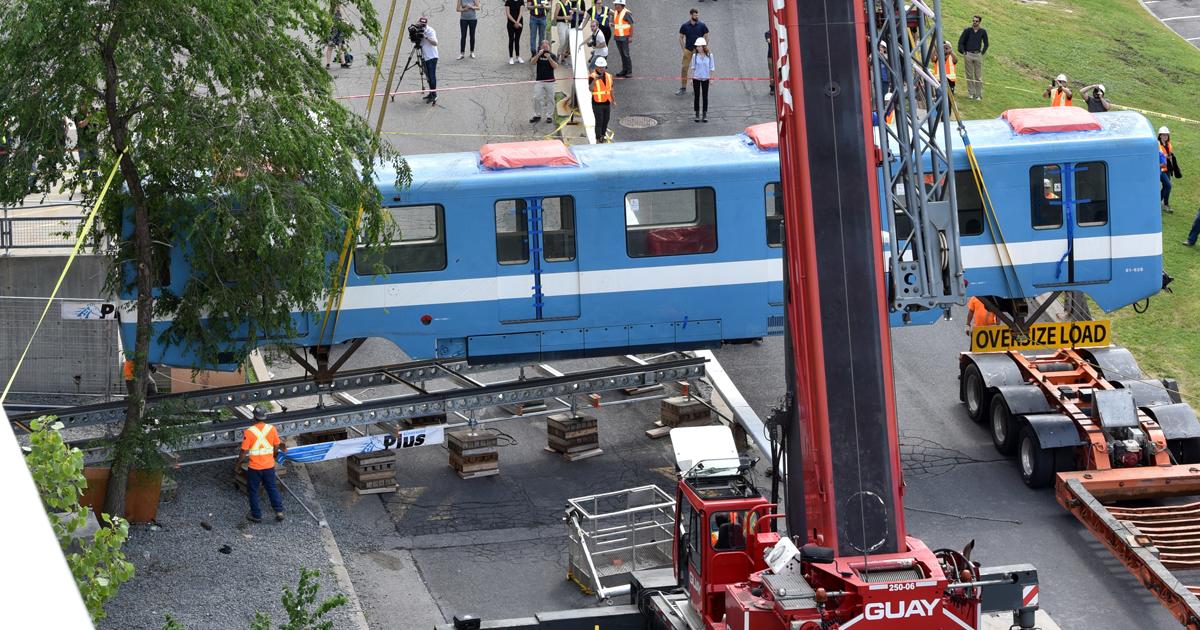 Levée de la voiture de métro. (Photo : Denis Bernier Photographe)