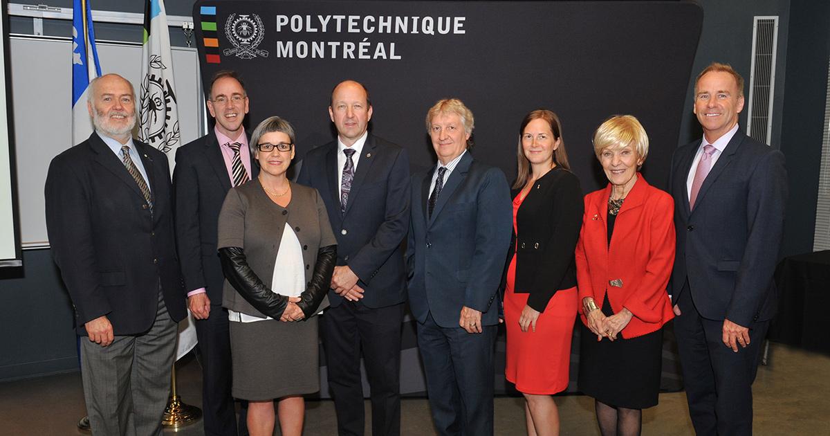 De gauche à droite : Christophe Guy, directeur général de Polytechnique Montréal; Réal Ménard, responsable du développement durable, de l'environnement, des grands parcs et des espaces verts à la Ville de Montréal et maire de l'arrondissement Mercier–Hoch