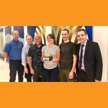 Les lauréats du premier prix du concours Les lunettes de sécurité d'or pour 2018 à Polytechnique Montréal.