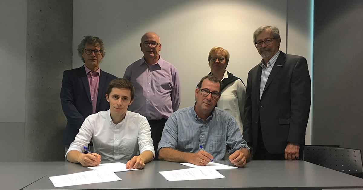 Signature de la première convention collective entre Polytechnique Montréal et l'unité des stagiaires postdoctoraux de l'ASSEP, le 15 septembre 2017.