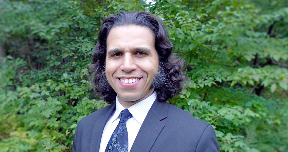 Najib Bouaanani, professeur titulaire au Département des génies civil, géologique et des mines de Polytechnique Montréal