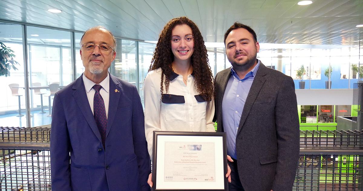 Mohamad Sawan, professeur titulaire au Département de génie électrique; Laura Gagliano, doctorante en génie biomédical; Elie Bou Assi, diplômé aux doctorat en génie biomédical.