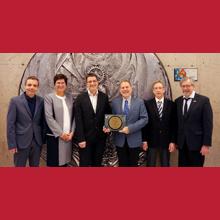 Polytechnique Montréal obtient deux récompenses prestigieuses pour un document budgétaire
