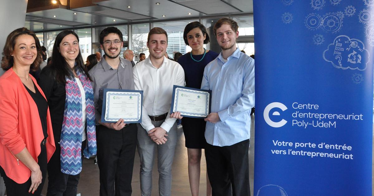 Les membres de l'équipe Eson Optix, accompagnés par des membres de l'équipe du Centre d'entrepreneuriat Poly-UdeM.