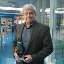 Le Prix Antoine-Grégoire 2017 de l'ATUQ remis au professeur Robert Chapleau de Polytechnique Montréal