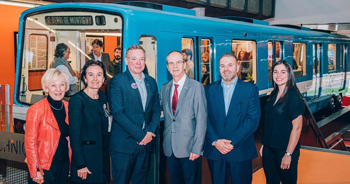 Les dignitaires présents à l'inauguration de la Station Polytechnique-Alstom. (Photo : Caroline Perron Photographies)
