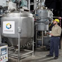 Recyclage du plastique : coup d'accélérateur pour développer une technologie électrique