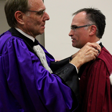 Carl-Éric Aubin, professeur à Polytechnique Montréal et directeur exécutif et scientifique de l'Institut TransMedTech, reçoit un doctorat « honoris causa » de l'Université Aix-Marseille