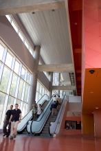 Lassonde Buildings entrance, 4.7 MB, JPEG © Productions punch inc.