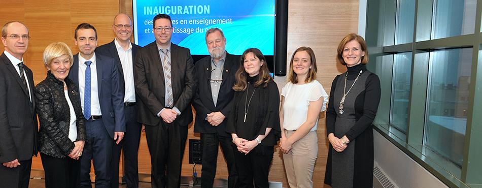 Les représentants des nouvelles chaires en enseignement et en apprentissage, de la direction, du conseil d'administration, de l'Association des étudiants de Polytechnique et du Bureau d'appui pédagogique de Polytechnique Montréal.