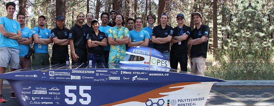 La délégation de la société technique Projet Esteban et le véhicule solaire Esteban 9, lors de l'American Solar Challenge 2018, aux États-Unis. (Photo : Projet Esteban)